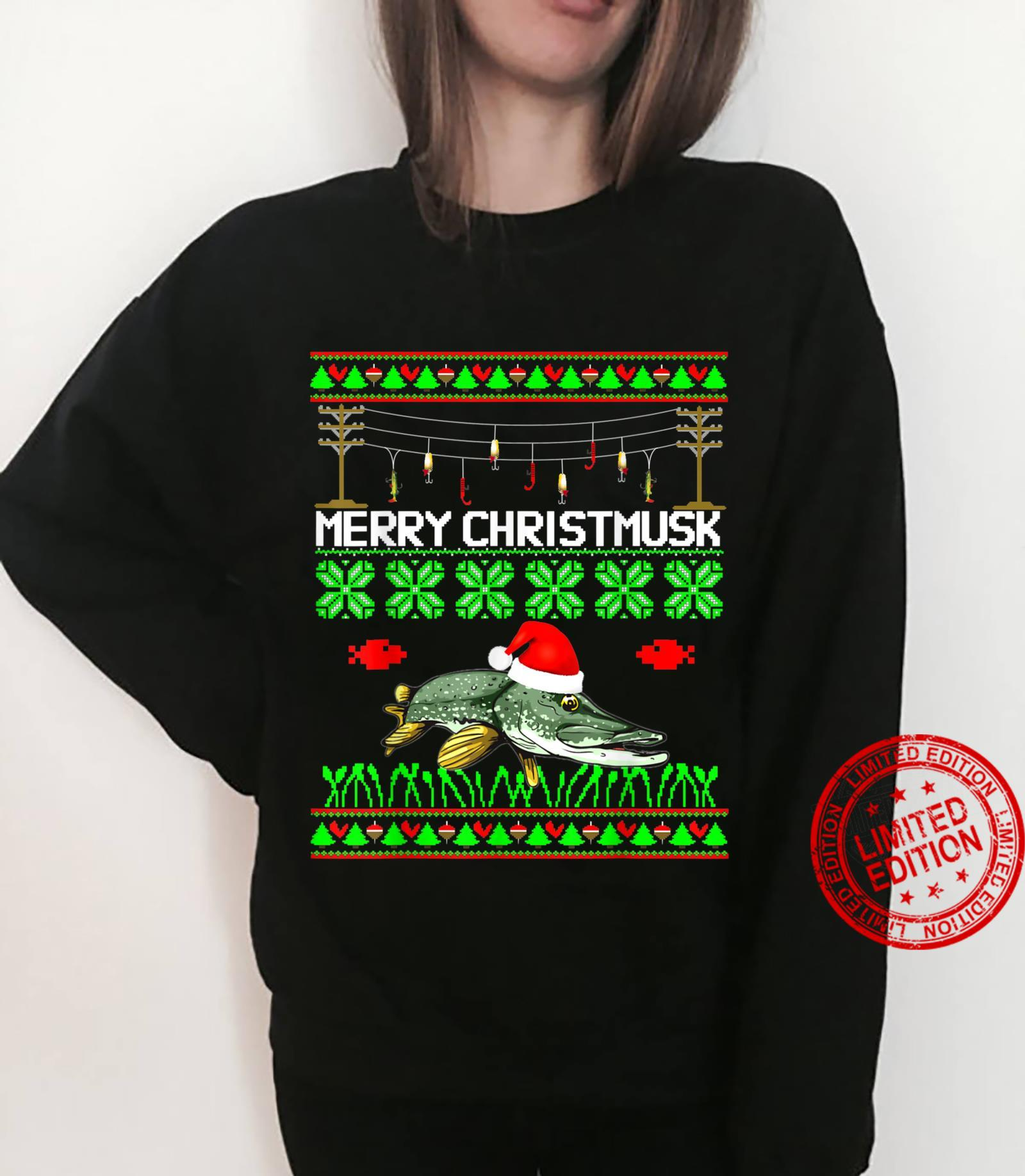 Merry Christmusk Musky Muskie Muskellunge Angler Esox fish Shirt sweater